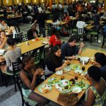 Best Food Choices in Your College Cafeteria