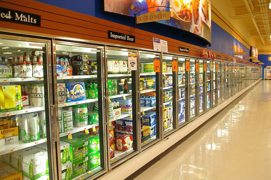 properly maintaining commercial refrigerators